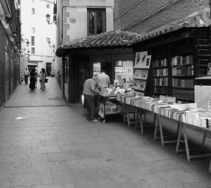 Local Valencian book store